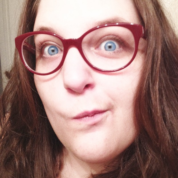 [image] Jo's New Facebook Profile Picture: The Hipster Glasses